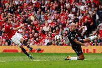 Tin chuyển nhượng sáng nay (15/7): MU 'thanh lý' Blind, Chelsea chính thức có Jorginho