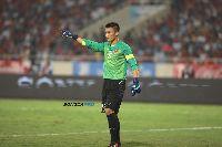 Thủ môn Bùi Tiến Dũng chờ cơ hội trong màu áo U23 Việt Nam