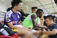 Đình Trọng chấn thương, Thành Chung được gọi thay thế dự King's Cup 2019