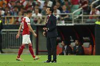 Ozil chửi Unai Emery, chuẩn bị khăn gói rời Arsenal