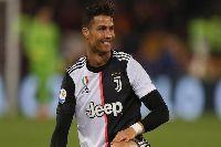 Ronaldo bất ngờ thay đổi vị trí thi đấu vì sơ đồ mới của Sarri