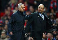 Benitez rời Newcastle, dọn đường cho Mourinho tái xuất