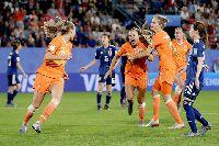 Nữ Hà Lan 2-1 Nữ Nhật Bản: Quả pen định mệnh đưa Hà Lan vào tứ kết