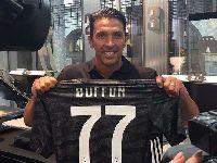 Gianluigi Buffon từ chối những đặc quyền khi trở lại Juventus