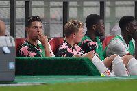 Để Ronaldo dự bị, Juventus đối diện nguy cơ mất tiền tấn vì kiện