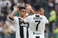 Đồng đội của Cristiano Ronaldo đến Manchester kiểm tra y tế