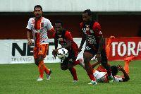 Nhận định Pusamania Borneo vs Persipura Jayapura: Quá chật chội khu vực giữa bảng