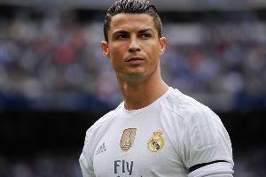 Tin chuyển nhượng sáng 24/5: Ronaldo báo tin vui cho MU về Neymar, Iniesta tiết lộ đội bóng mới