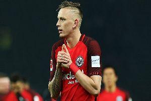 Dortmund 'chính thức' có Marius Wolf