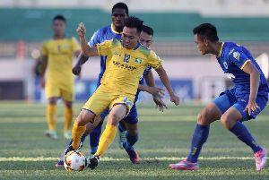 TRỰC TIẾP SLNA 0-0 Thanh Hóa (H1): Chủ nhà bị thẻ đỏ trực tiếp