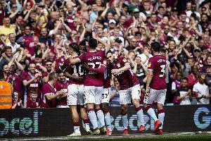 Trực tiếp Aston Villa 1-0 Millwall (H2): Đôi công cởi mở