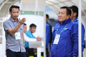 """HLV Vũ Hồng Việt: trò thay thầy, """"phủi"""" lên V-League"""