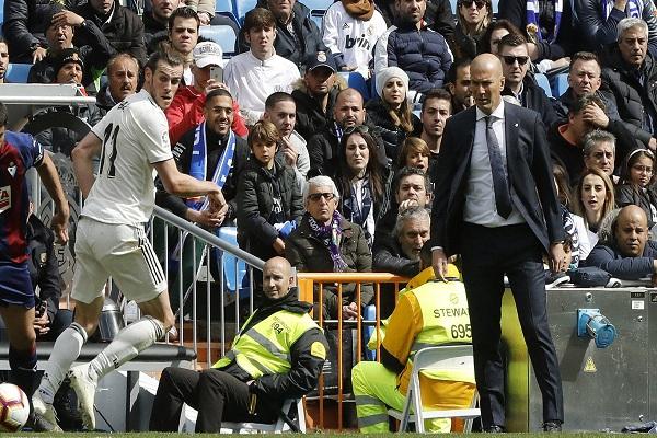 Zidane có thể mất ghế HLV tại Real Madrid