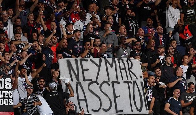 Neymar bị fan tổng xỉ vả sau chiến thắng đậm của PSG