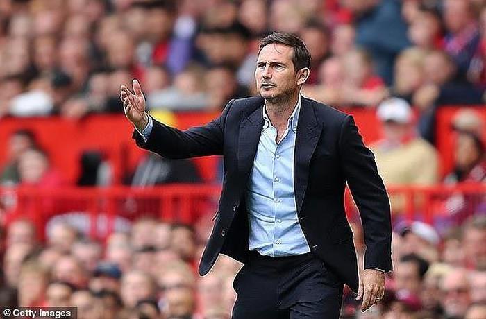 HLV Lampard tự hào dù Chelsea thất bại tại trận siêu Cúp với Liverpool